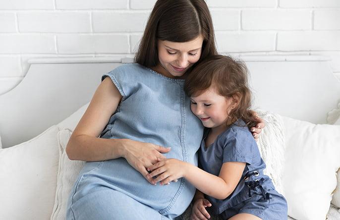 regenesis-site-mulher-e-gestacao-conversar-com-bebe-na-gestacao
